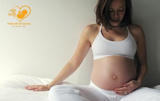 Mang thai bị nhiễm virus herpes nguy hiểm thế nào?