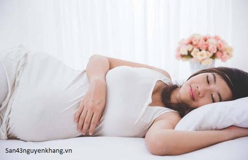 Làm sao để mẹ bầu có thể ngủ ngon hơn?